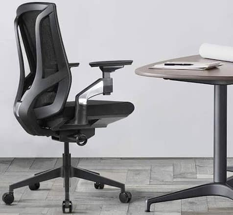Liccx Ergonomic Office Chair - Best office chair for back and neck problems